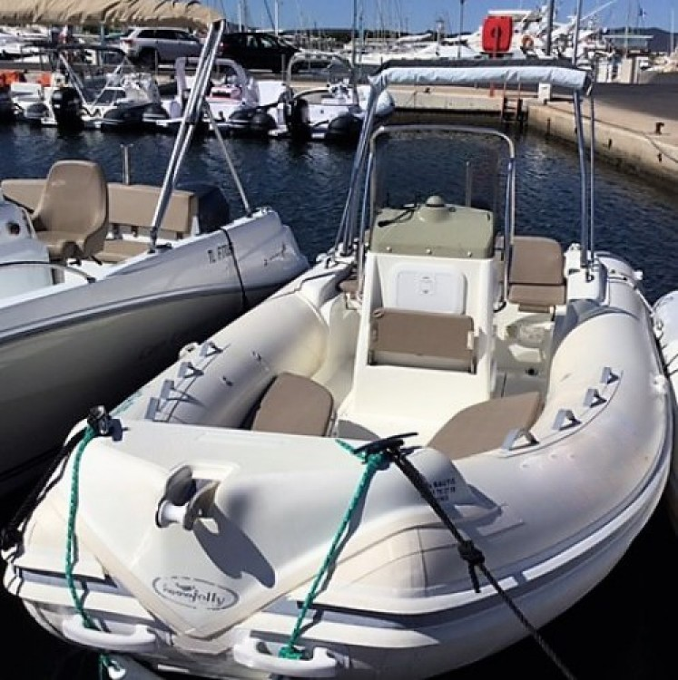 Rent a Nuova Jolly 590 freedom Hyères