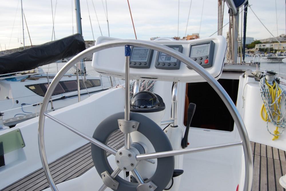Verhuur Zeilboot in Port du Frioul - Jeanneau Sun Odyssey 32.2