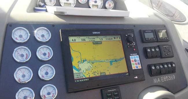 Louez un Bénéteau Flyer Gran Turismo 38 à Sausset-les-Pins