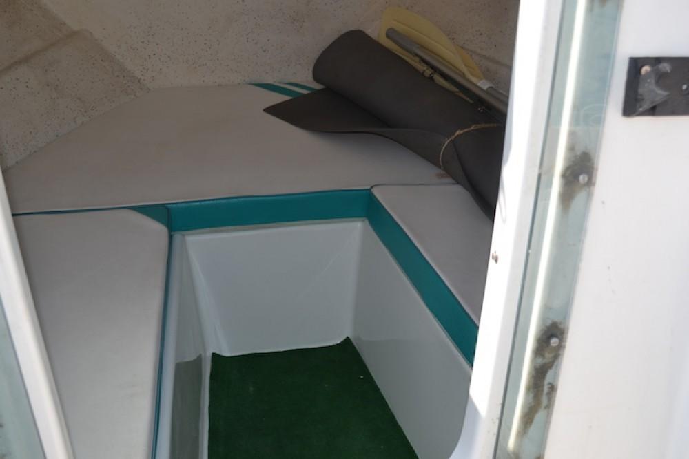 Location yacht à Martigues - Quicksilver Quicksilver 435 Cabine sur SamBoat