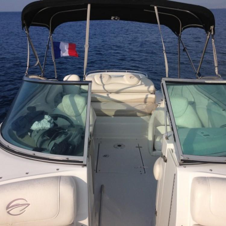 Noleggio yacht Port Fréjus 2 - Crownline Crownline 260 LS su SamBoat