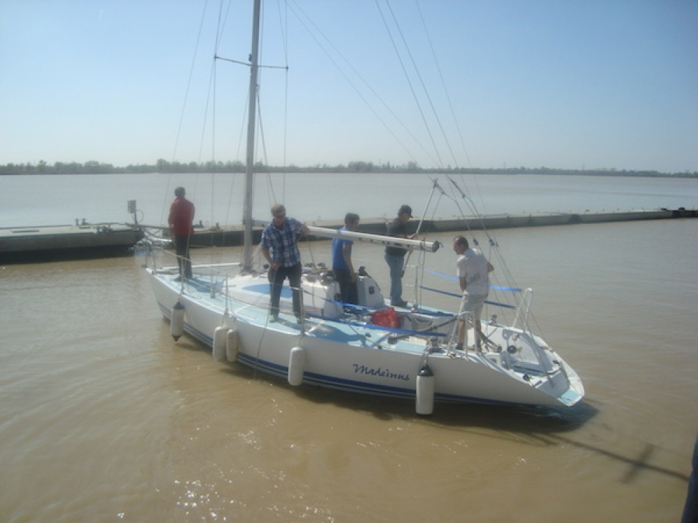 Noleggio barche Bourg economico Club 86