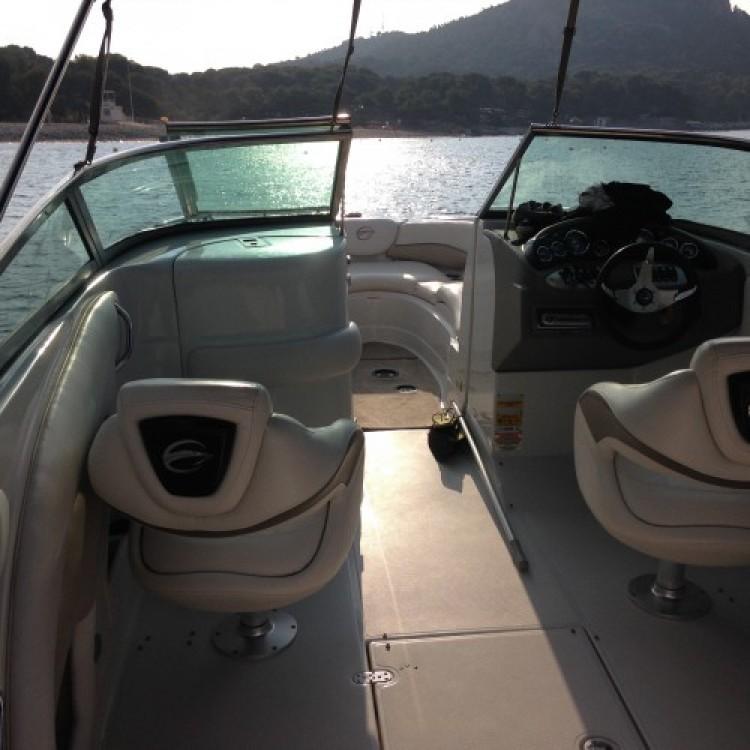 Noleggio Barca a motore con o senza skipper Crownline Port Fréjus 2