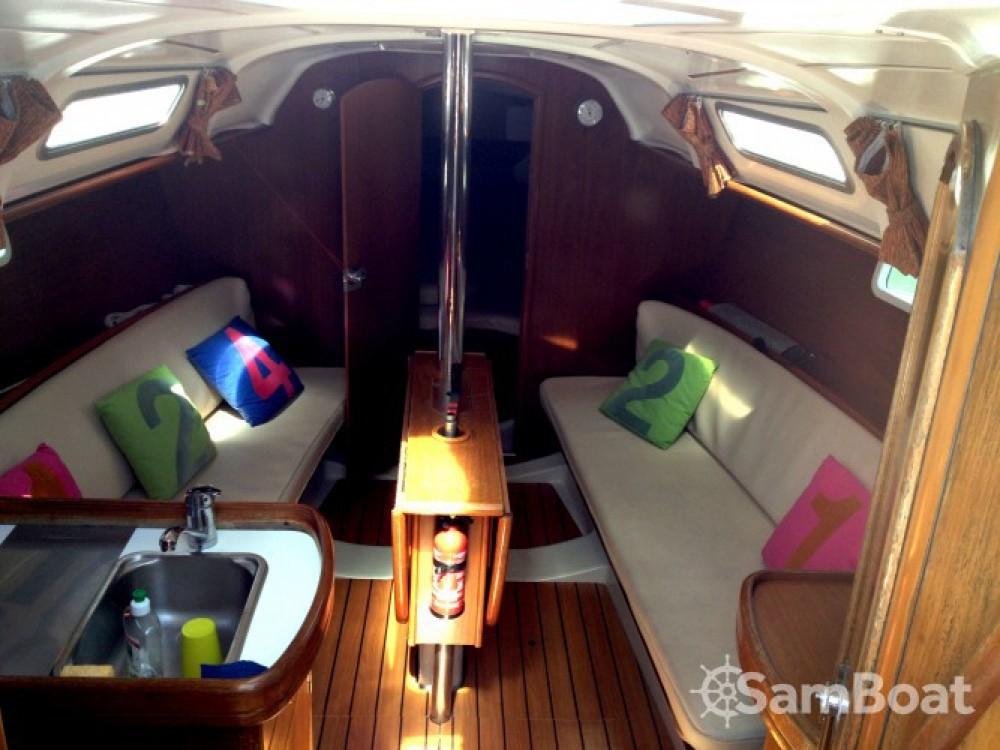 Alquiler de yate Lorient - Bénéteau Oceanis 311 DL en SamBoat