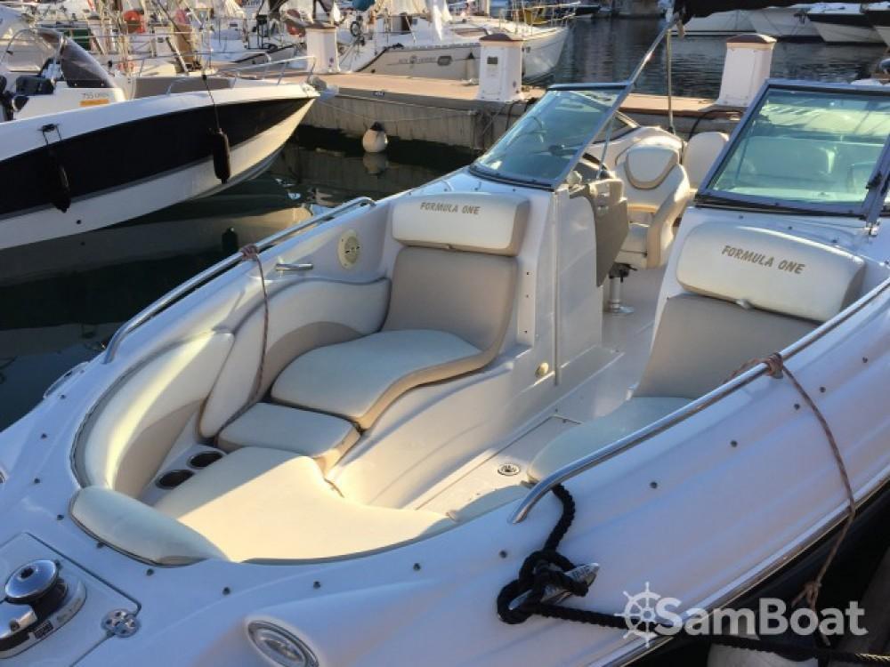 Noleggio Barca a motore Crownline con una patente