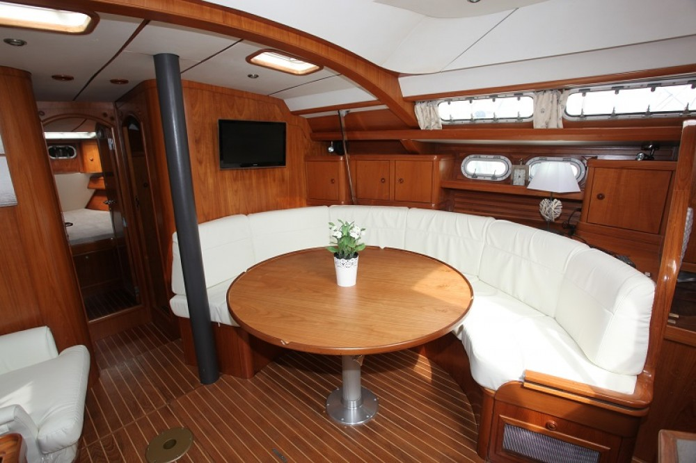 Location bateau Jeanneau Sun Odyssey 47 Cc à Hyères sur Samboat
