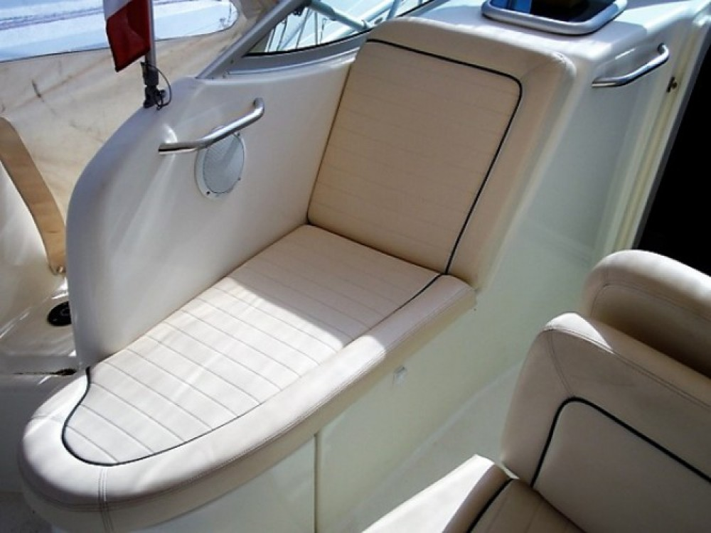Boat rental Hyères cheap Leader 805