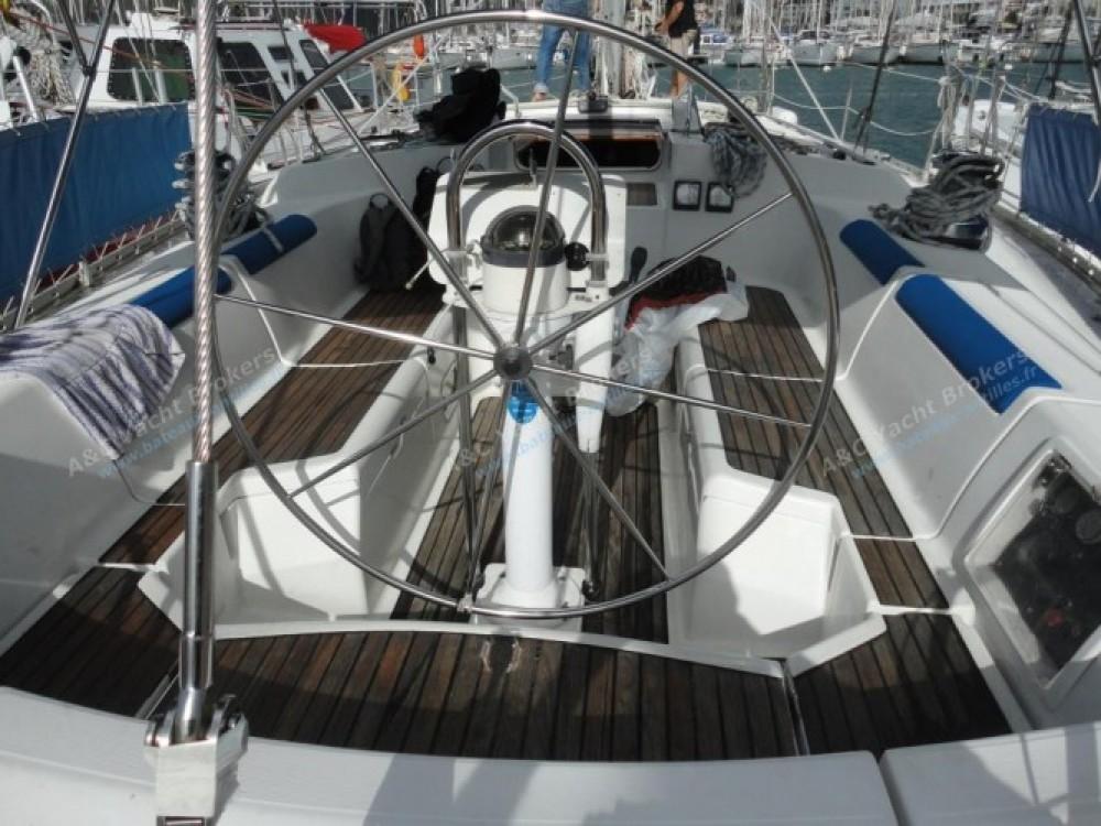 Louez un Jeanneau Sun Odyssey 47 à Marina du Marin