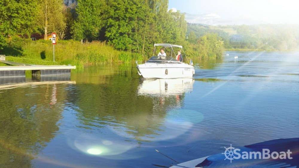 Location bateau Virignin pas cher Leader 550