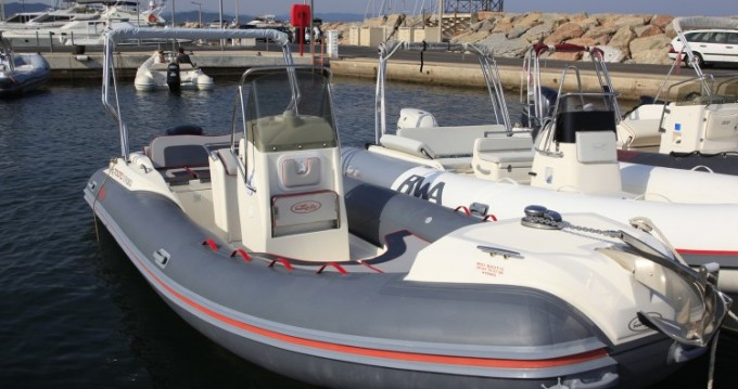 Location yacht à Hyères - Nuova Jolly Nuova Jolly 700 RS sur SamBoat