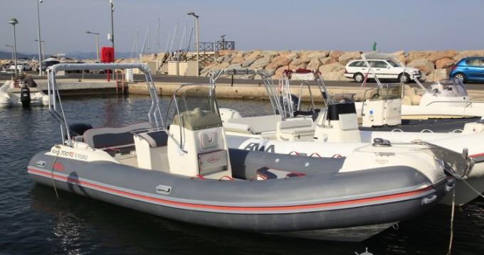 Louez un Nuova Jolly Nuova Jolly 700 RS à Hyères