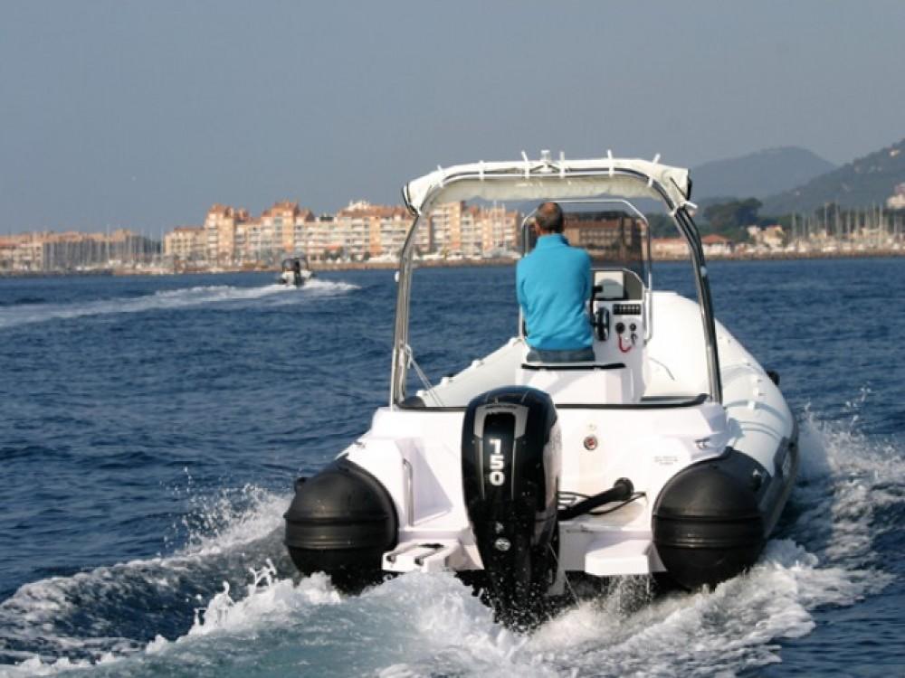 Huur een Italboats Predator 650 in Hyères