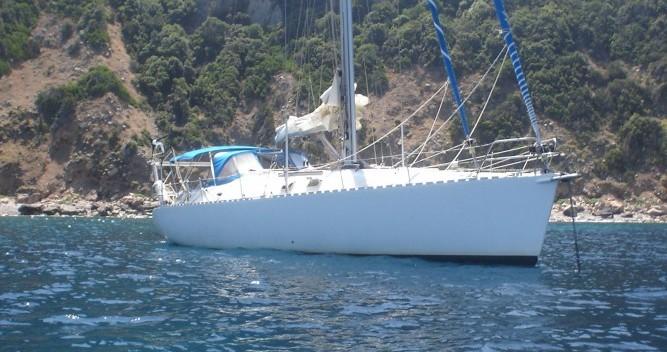 Rental Sailboat in Le Grau-du-Roi - Construction-A-Lunite Sloop 47