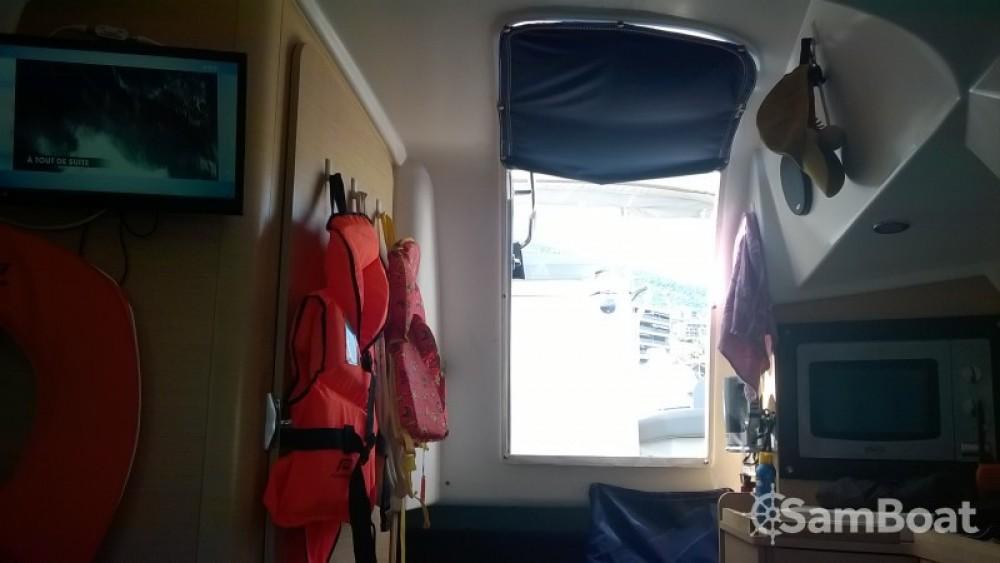 Bénéteau Flyer 850 Sun Deck Miami te huur van particulier of professional in Bastia