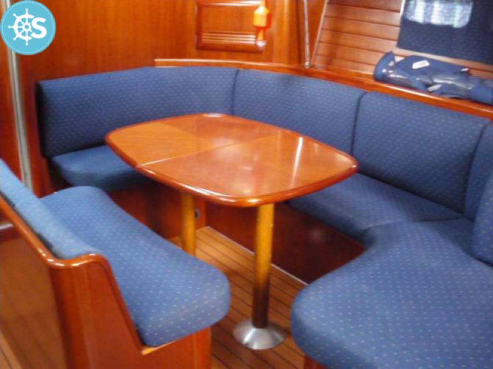Louez un Bénéteau Oceanis 473 à Le Grau-du-Roi
