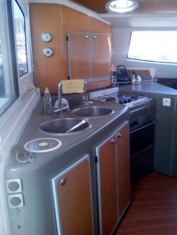 Fountaine Pajot Lavezzi 40 te huur van particulier of professional in Marseille