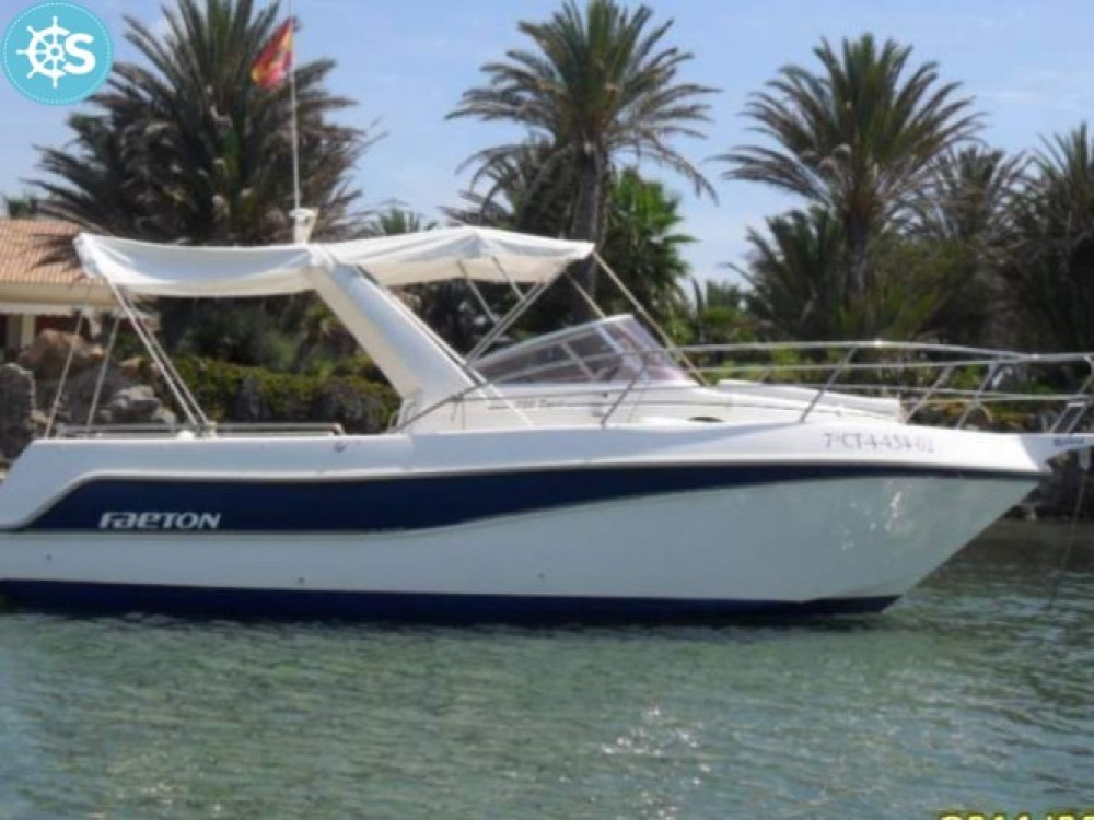 Rental Motor boat Faeton with a permit