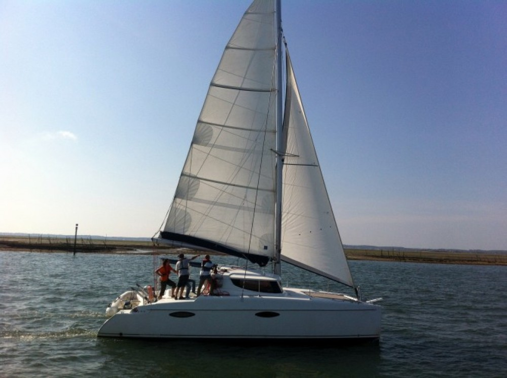 Bootverhuur Fountaine Pajot Mahe 36 in Arcachon via SamBoat