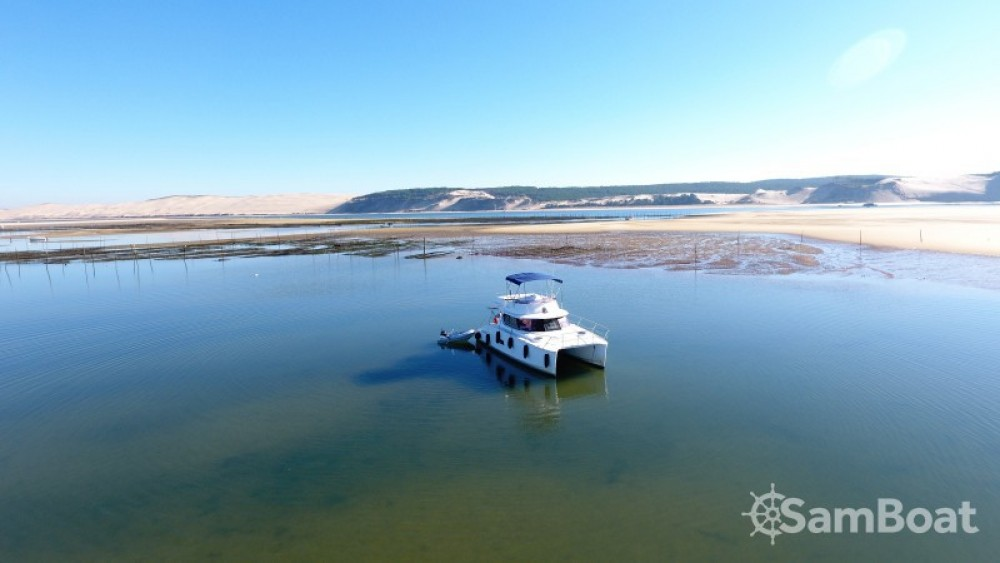 Huur Motorboot met of zonder schipper Fountaine Pajot in Arcachon