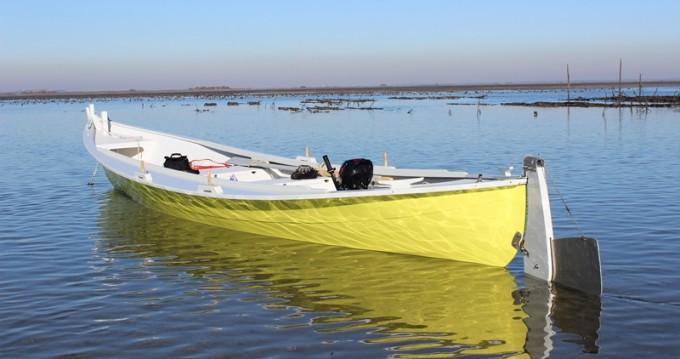 Bateau à moteur à louer à Lège-Cap-Ferret au meilleur prix