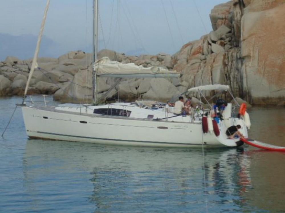 Yacht-Charter in Ajaccio - Bénéteau Oceanis 43 auf SamBoat