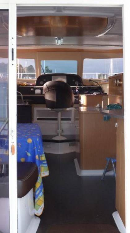 Noleggio barche Fountaine Pajot Summerland 40 La Trinité-sur-Mer su Samboat