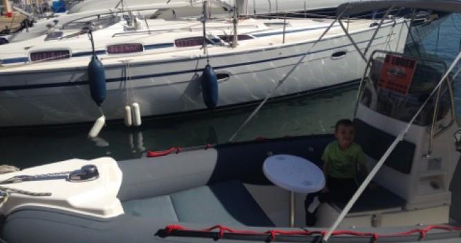 Louez un Joker Boat Coaster 650 à Hyères