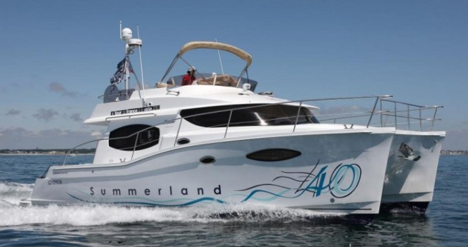 Location bateau Fountaine Pajot Summerland 40 à La Trinité-sur-Mer sur Samboat