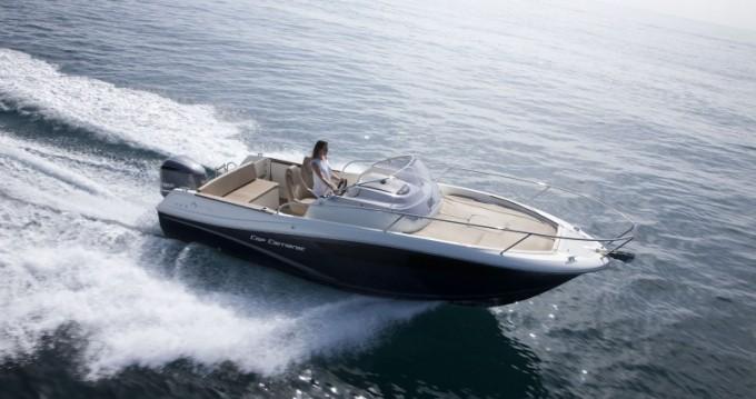 Boat rental Hyères cheap Cap Camarat 7.5 WA