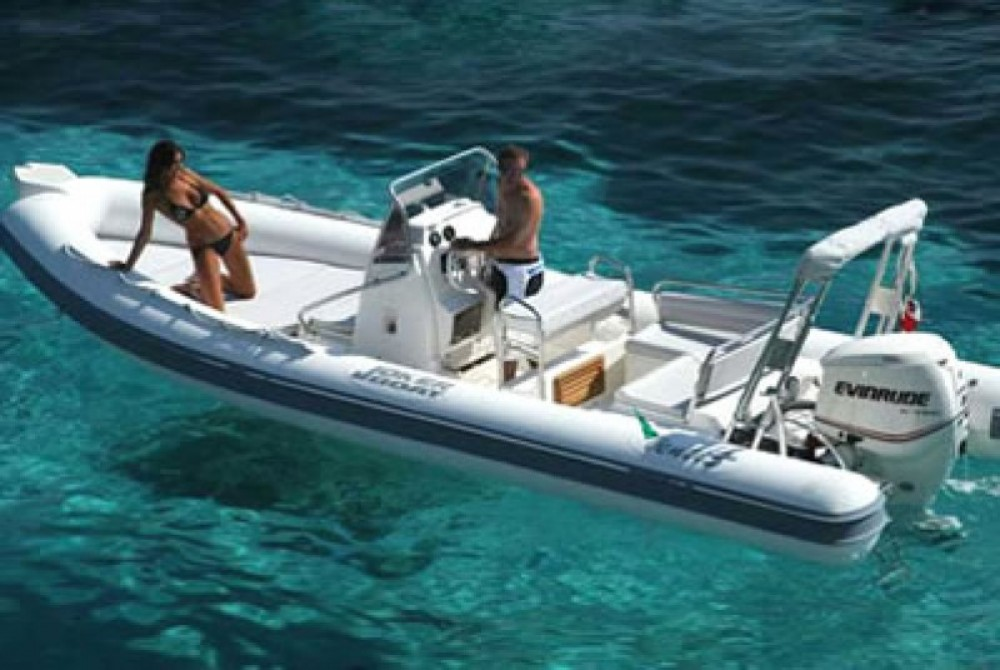 Huur een Joker Boat Clubman 23 in Hyères