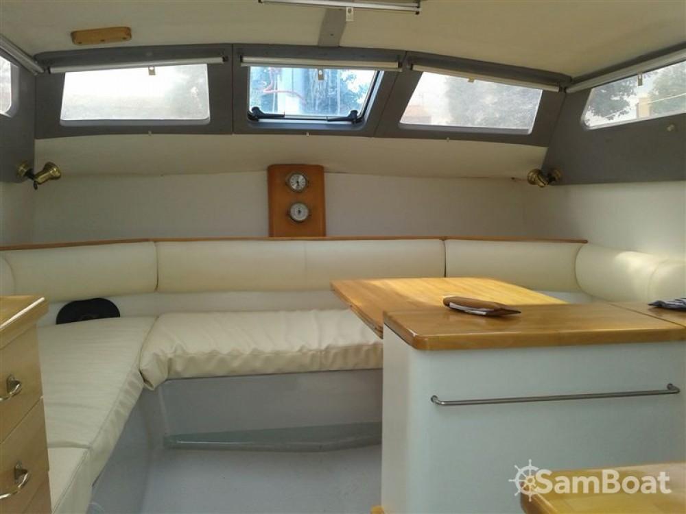 Noleggio Catamararno con o senza skipper Edel Pescara