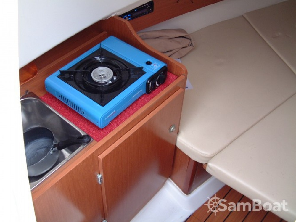 location bateau  u00e0 moteur jeanneau cap camarat 755 cap camarat 755 avec accompagnateur