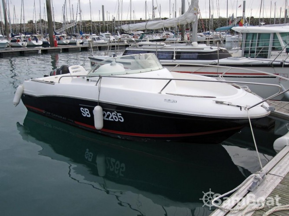 Boat rental Jeanneau Cap Camarat 625 WA in Saint-Quay-Portrieux on Samboat