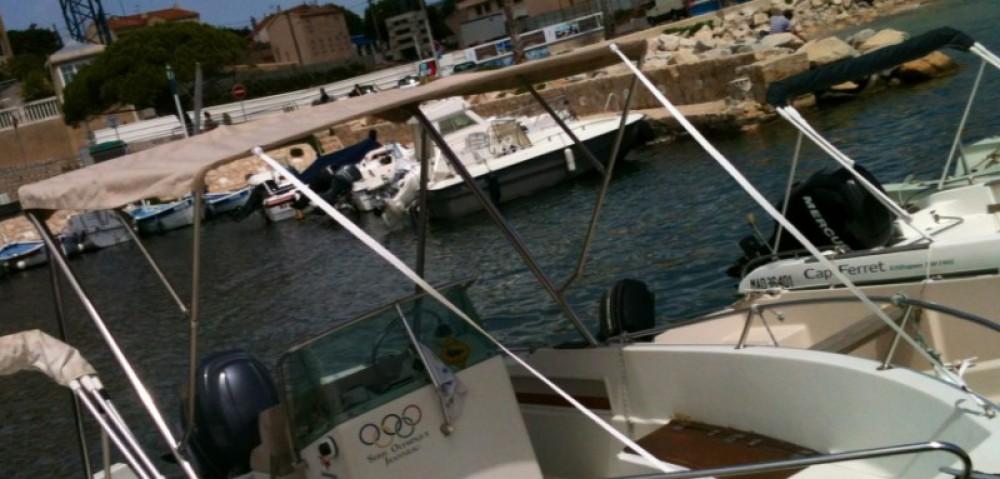 Louez un Jeanneau Cap Camarat 575 à Saint-Cyr-sur-Mer