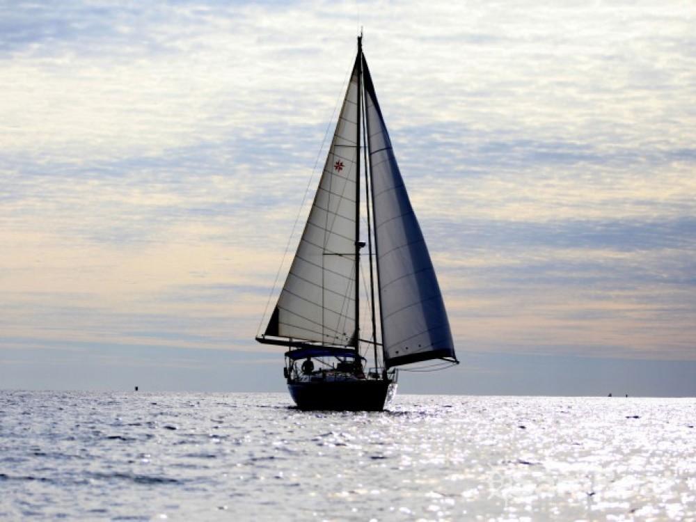 Noleggio barche De Diego economico Sun Odyssey 45.1