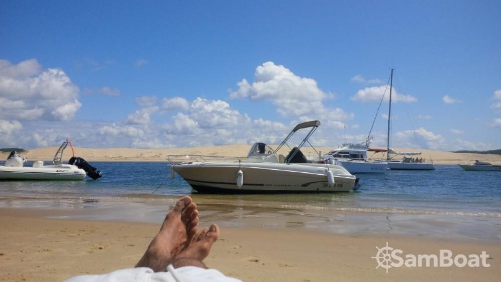 Motorboot mit oder ohne Skipper Jeanneau mieten in Andernos-les-Bains