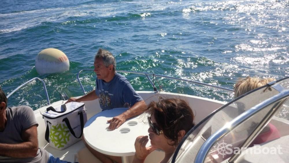 Noleggio Barca a motore con o senza skipper Jeanneau Andernos-les-Bains
