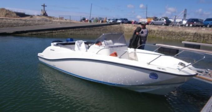 Location yacht à Parentis-en-Born - Quicksilver Activ 675 Open sur SamBoat
