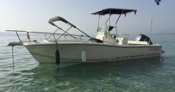 Motorboot mit oder ohne Skipper White Shark mieten in Ajaccio
