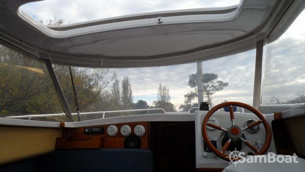 Rental yacht Nantes - Quicksilver Week End on SamBoat