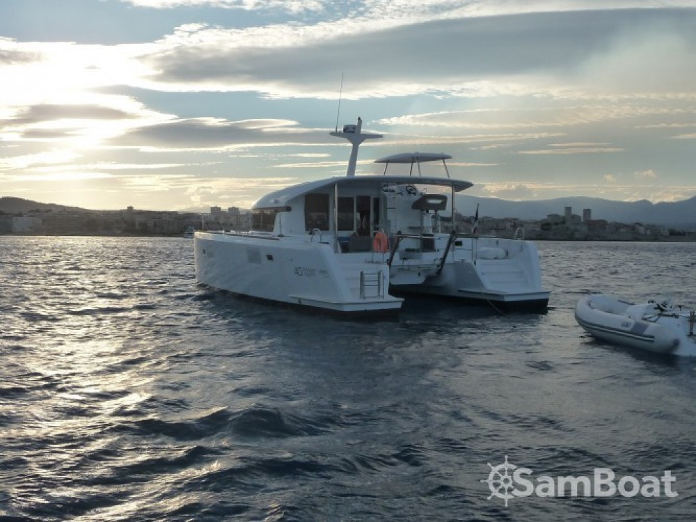 Verhuur Motorboot in Cannes - Lagoon Lagoon 40 Motor Yacht