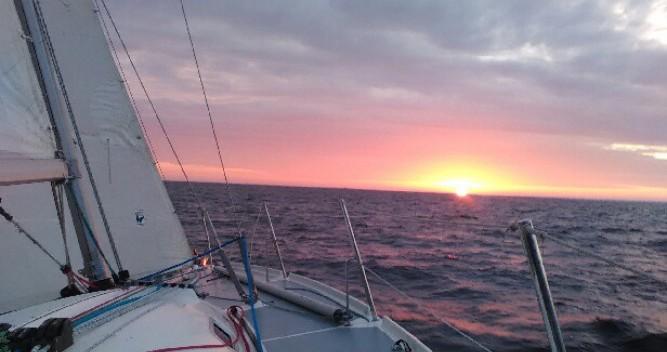 Location bateau 3c-Composites Bongo 9.60 à Loctudy sur Samboat