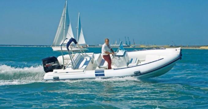 Location bateau Lorient pas cher 205WRT