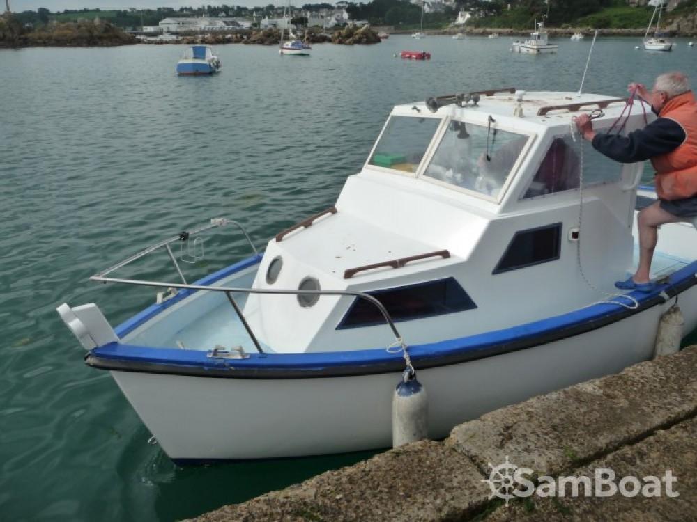 Verhuur Motorboot Syla met vaarbewijs