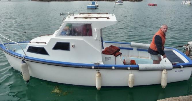 Louer Bateau à moteur avec ou sans skipper Syla à Plougasnou