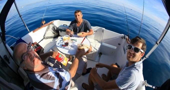 Location yacht à Saint-Cyprien - Bénéteau Antares 6 sur SamBoat