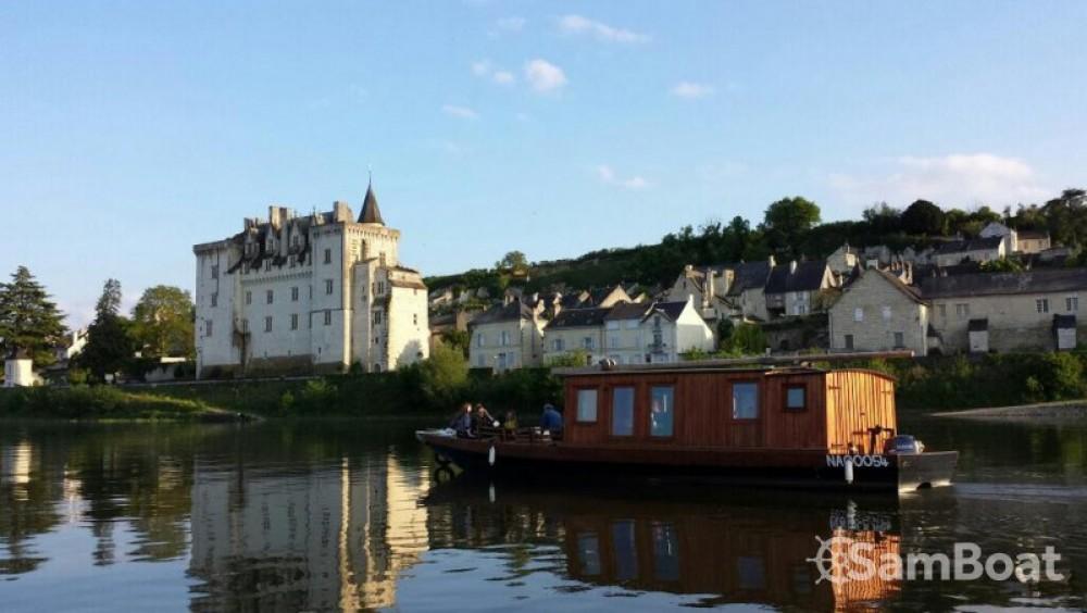 Location bateau Max Pannier ToueCabanée à Montsoreau sur Samboat