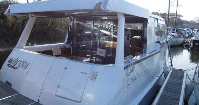 Location bateau Messac pas cher Houseboat