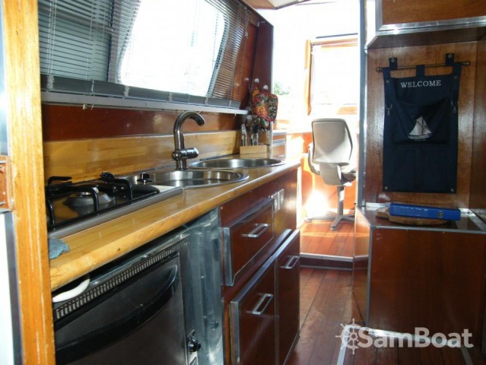 Alquiler de barcos Messac barato de Houseboat