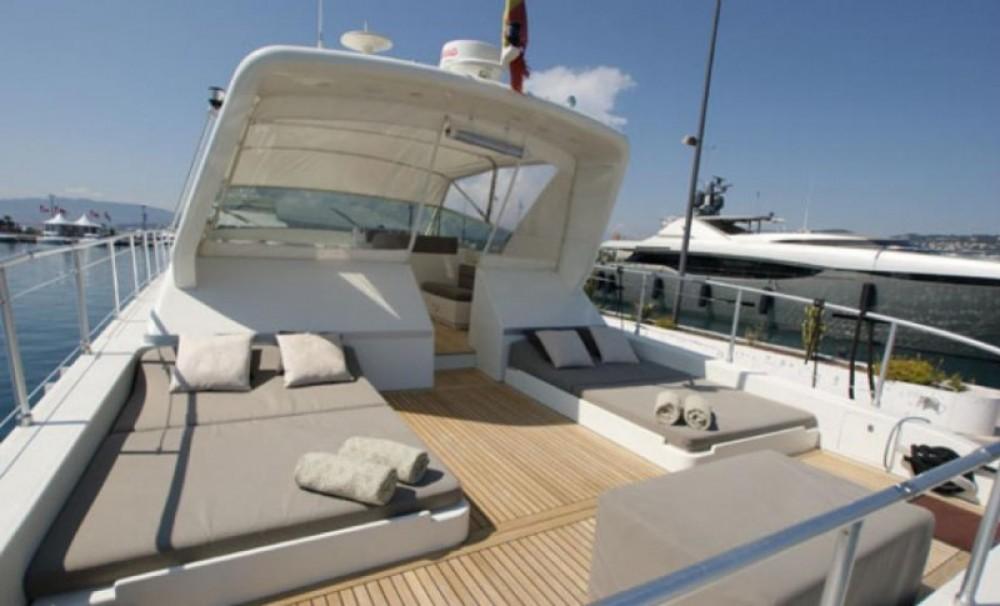 Jacht te huur in Sainte-Maxime voor de beste prijs